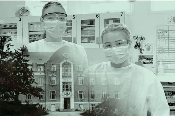 Sykepleiere foran sykehuset i Arendal